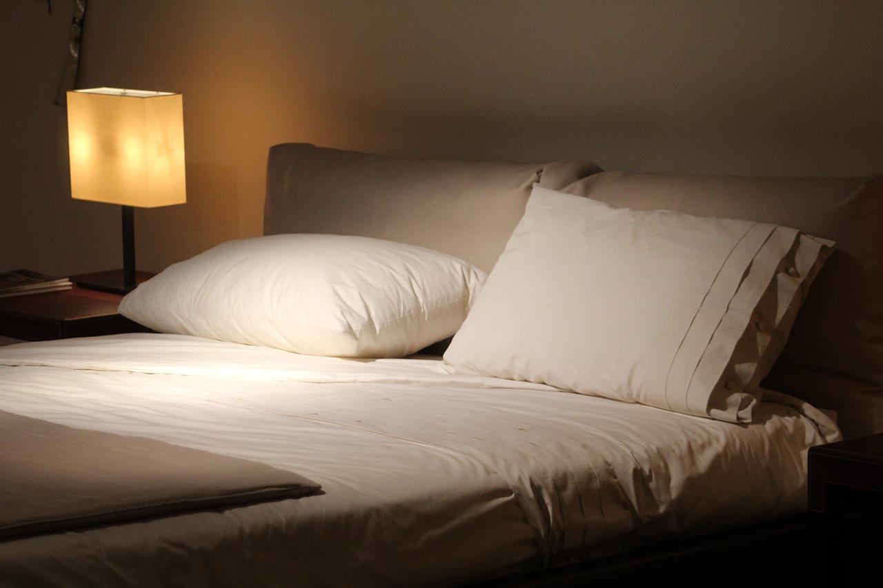 Výběr vhodné postele do ložnice